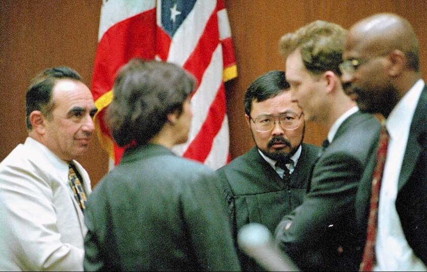 Judge Lance Ito, center, with O.J. Simpson defense attorny Robert Shapiro, left, and prosecutors Marcia Clark, Hank Goldberg and Christopher Darden
