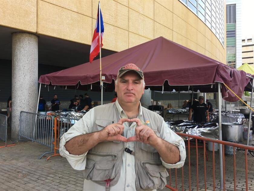 Organización chef español José Andrés logró servir 3 millones comidas P.Rico
