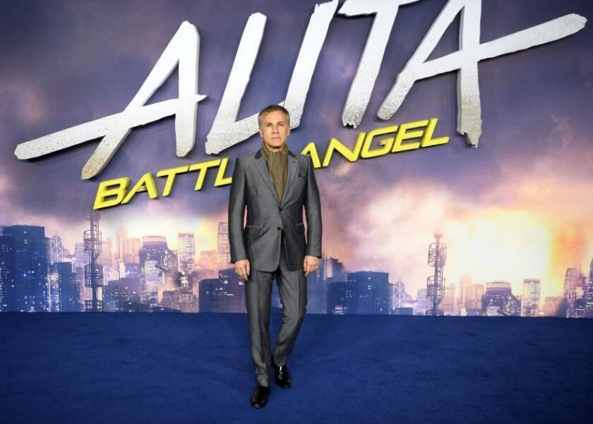 Christoph Waltz protagonizará con Liam Hemsworth una serie con microepisodios