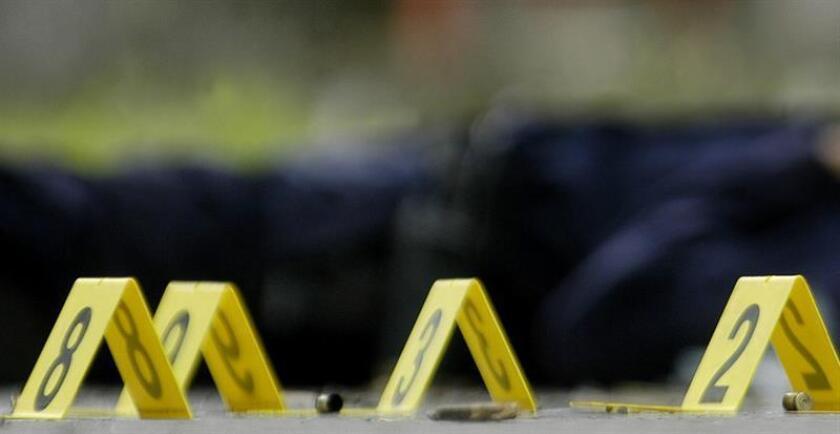 Una maratón en San Diego (EE.UU.) quedó hoy interrumpida durante unos minutos por un tiroteo cerca de la línea de meta, según informaron las autoridades. EFE/Archivo
