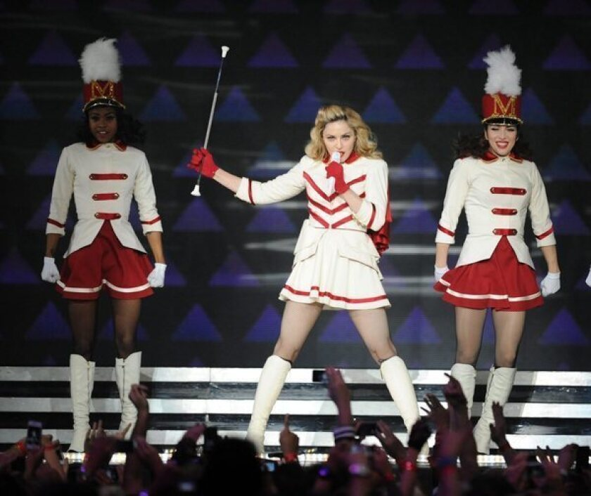 Madonna booed (and cheered) after Obama endorsement in New Orleans