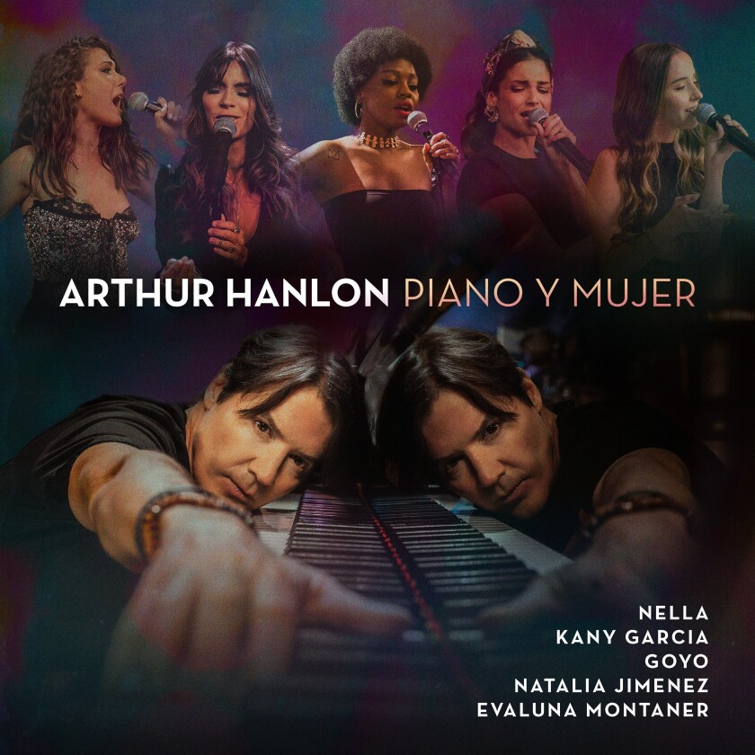 """En esta imagen difundida por Sony Music, la portada del álbum """"Piano y mujer"""" de Arthur Hanlon. (Sony Music vía AP)"""