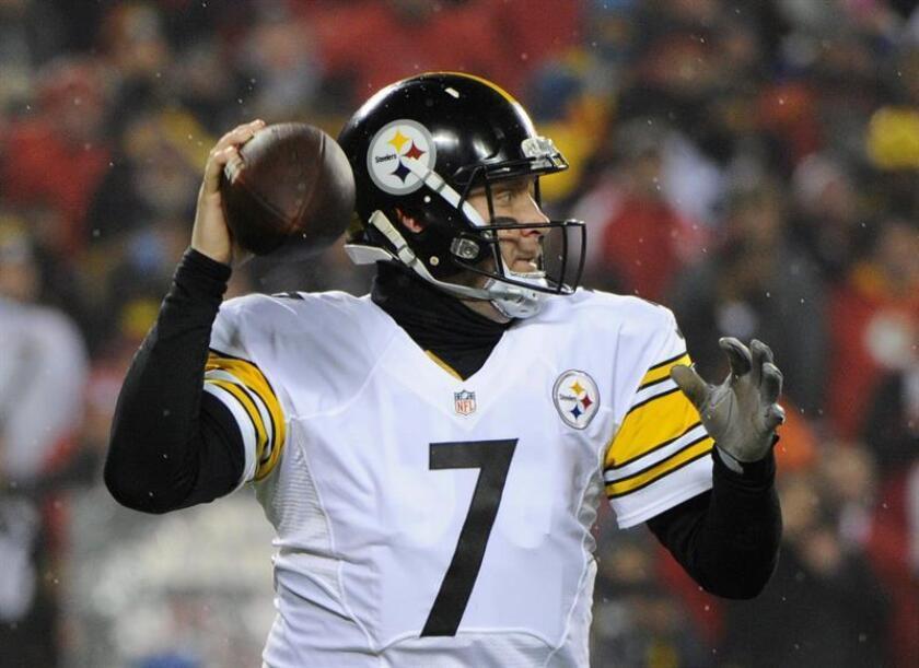En la imagen, el mariscal de campo de los Steelers de Pittsburgh, Ben Roethlisberger. EFE/Archivo