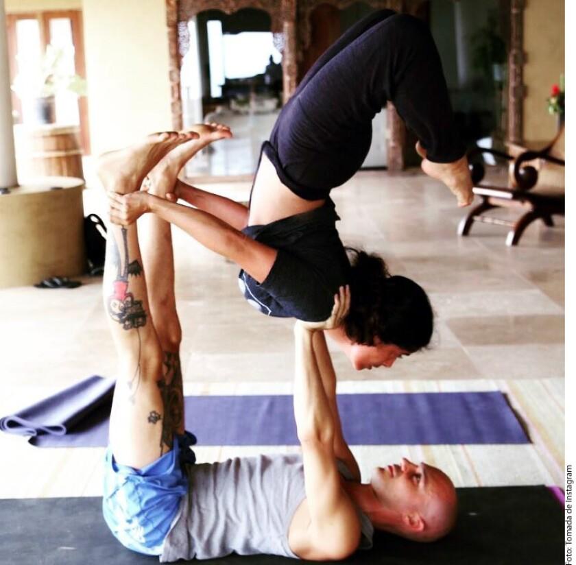 Las actrices se iniciaron en el yoga acrobático y este miércoles compartieron, a través de sus respectivas cuentas oficiales de Instagram, sus avances.