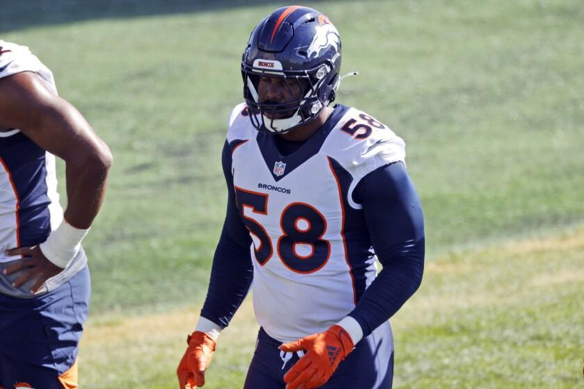 Denver Broncos linebacker Von Miller takes part in drills during NFL football practice Thursday, Sept. 3, 2020, in Englewood, Colo. (AP Photo/David Zalubowski)