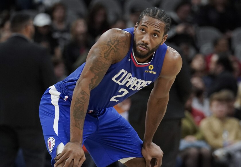 Clippers forward Kawhi Leonard catches his breath during a game against the Spurs on Nov 29, 2019, in San Antonio.