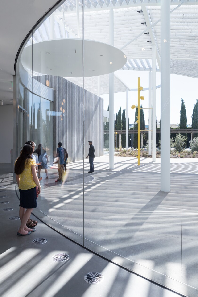 A view from the lobby toward the large courtyard at the front of the museum.