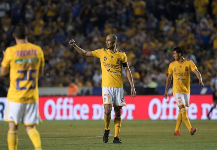 Los Tigres UANL, líderes de la clasificación, visitarán el sábado a los Rayados de Monterrey, segundo lugar, en el partido de lujo de la décima jornada del Clausura 2019 del fútbol mexicano. EFE/Archivo