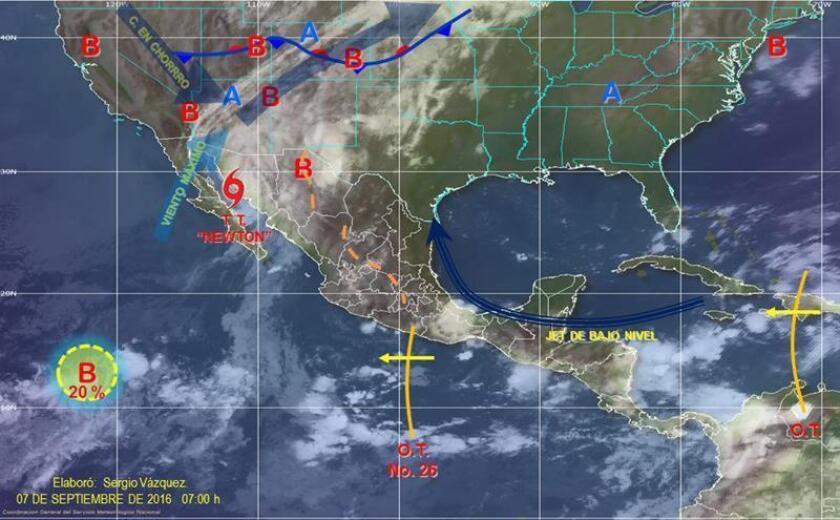 La tormenta tropical Newton, situada a unos 105 kilómetros de la frontera con EE.UU., pierde fuerza mientras avanza por el noroccidental estado mexicano de Sonora después de haber dejado cuatro muertos en Baja California Sur, de acuerdo con autoridades locales.
