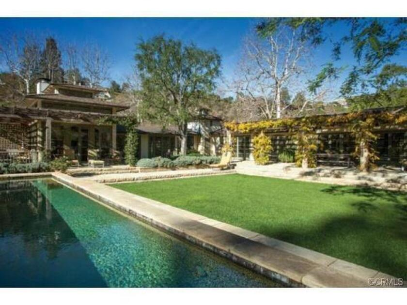 Rupert Murdoch buys winery estate in Bel-Air