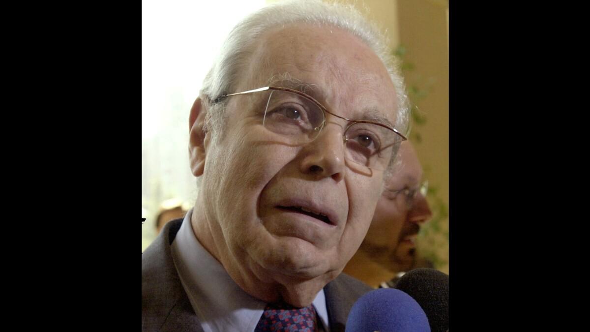 Javier Pérez de Cuéllar, Peruvian two-term United Nations chief, dies at 100