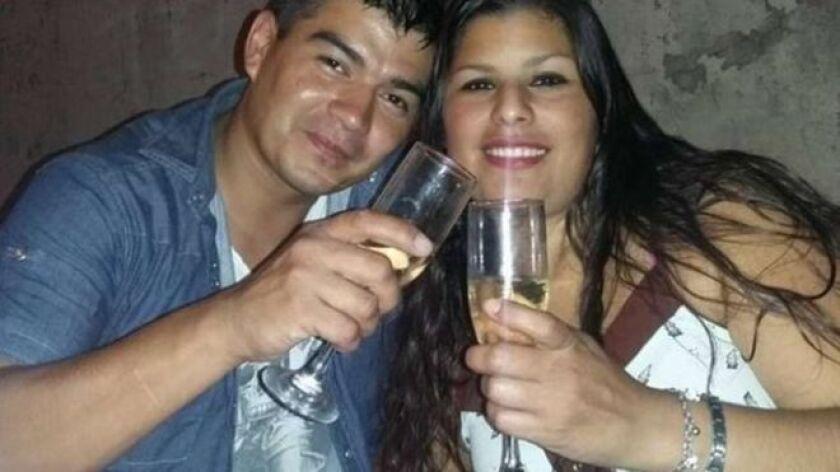 Según lo que pudieron reconstruir los medios locales, tras una pelea de pareja Loscalzo tomó el arma de su mujer y le disparó en el pecho cuatro veces.