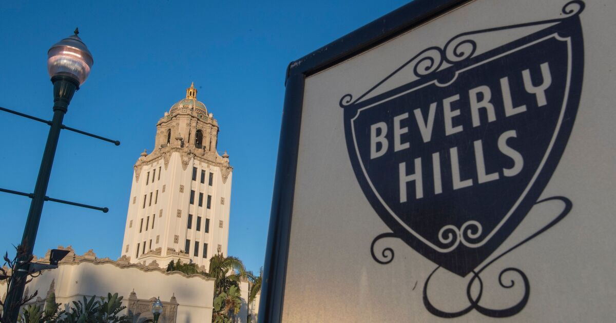Beverly Hills berkas gugatan yang mencari perubahan di L. A. County layar sentuh suara desain
