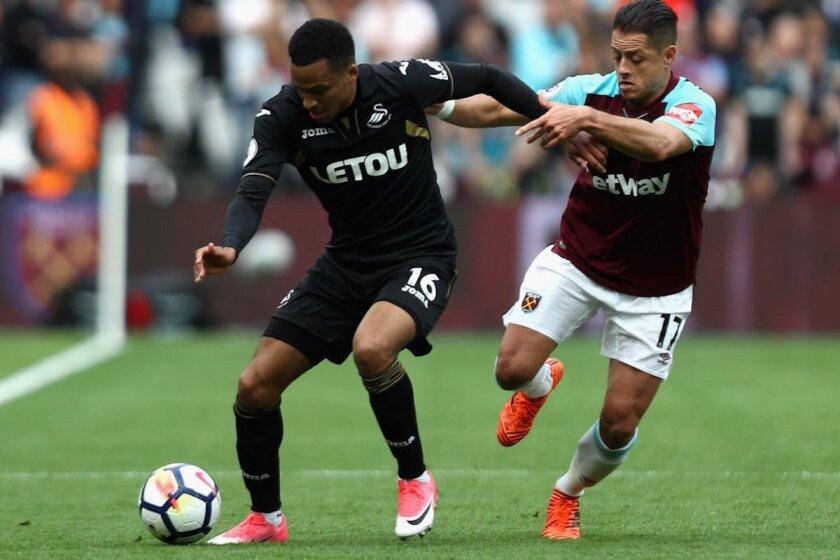 El Manchester City aplastó al West Ham del Chicharito Hernández.
