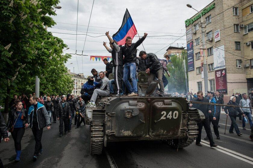 Pro-Russian protesters in Mariupol, Ukraine