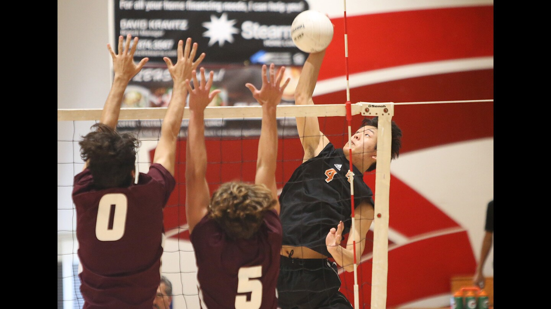 Photo Gallery: Huntington Beach vs. Laguna Beach in volleyball