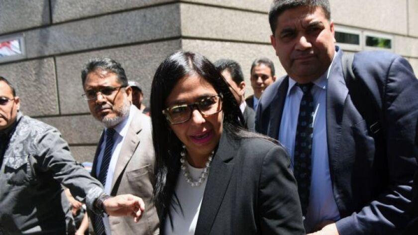 La canciller de Venezuela, Delcy Rodríguez, no logró entrar a la reunión de Mercosur pautada este miércoles en Buenos Aires, como quería. Pero logró ser la noticia.