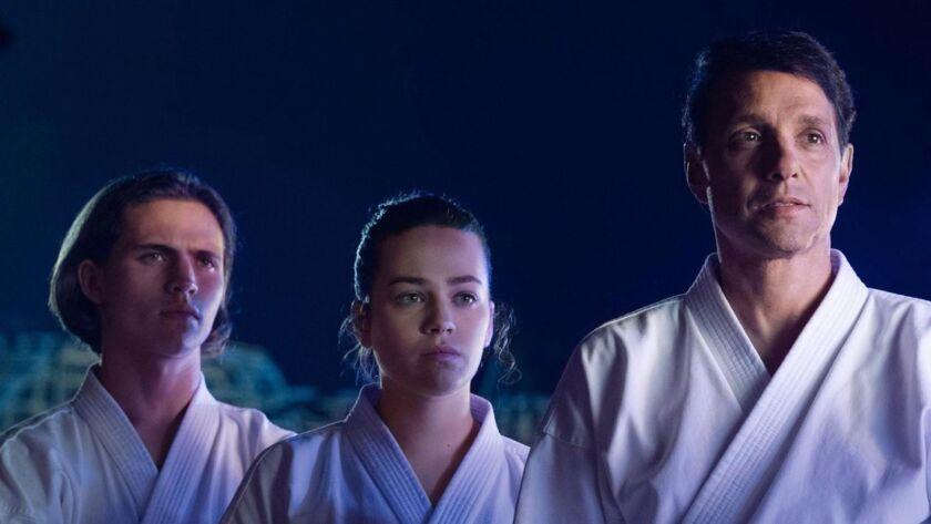 La segunda temporada de Cobra Kai enciende la rivalidad de Daniel y Johnny, pero la situación empeorá en la tercera con el regreso de la mujer que los hizo enfrentarse la primera vez.