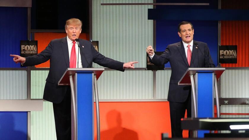 Donald Trump y Ted Cruz, candidatos republicanos, en uno de los innumerables debates por la nominación republicana.