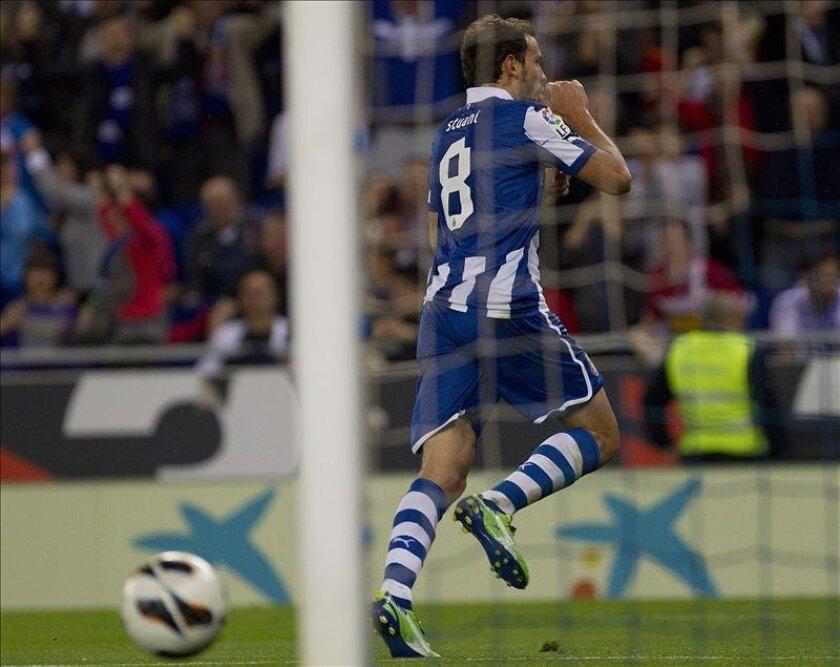 El jugador uruguayo del RCD Espanyol Christian Stuani celebra tras marcar un gol. EFE/Archivo