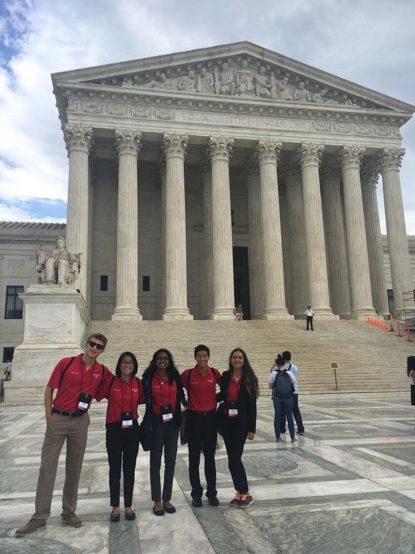 San Diego Bank of America Student Leaders in Washington D.C.: Nick Rogozinski, Samantha Vu, Snigdha Nandipati, Richard Ni and Elena Hoffman.
