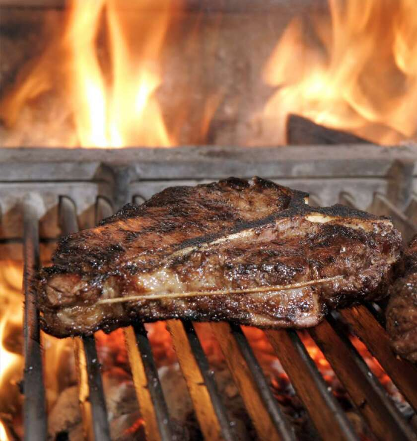 Scientists have issued yet another warning about eating red meat, reporting that changes in consumption over time can influence a person's risk of developing Type 2 diabetes.