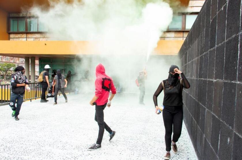 La UNAM condena violencia contra instalaciones y la califica de provocación