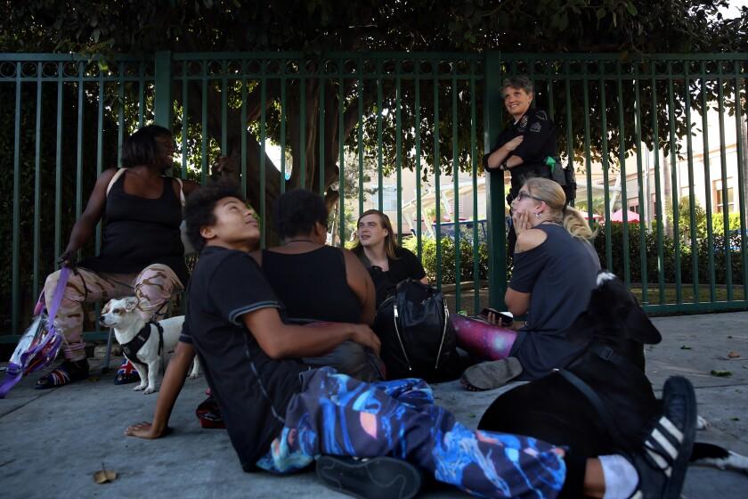 470682_la-me-lopez-homeless-camp_441.jpg