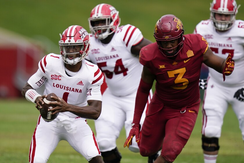 College football roundup: Louisiana-Lafayette upsets Iowa State - Los  Angeles Times