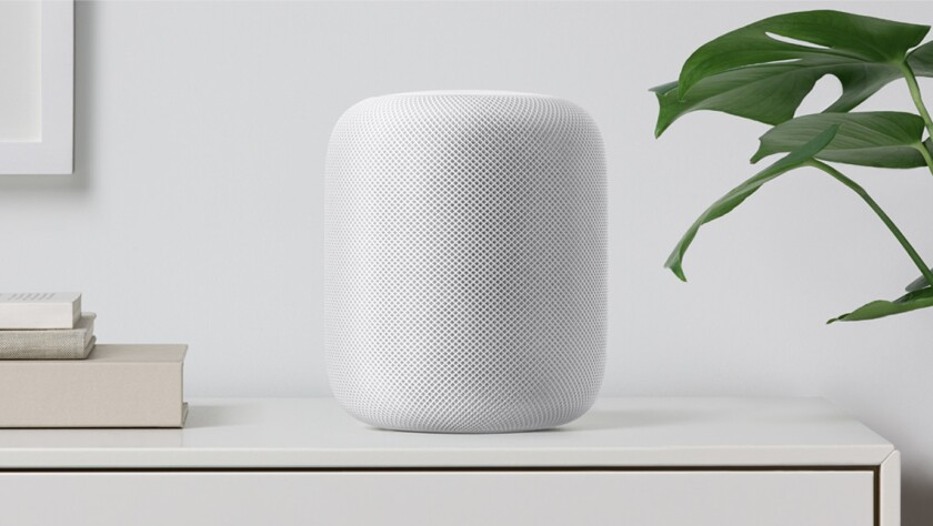 Smart speaker Siri with a speaker. The HomePod is Apple's answer to the virtual home assistant tren