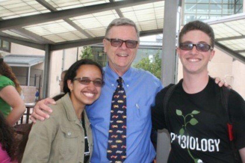 Retiring Solana Pacific Principal Brian McBride (center).