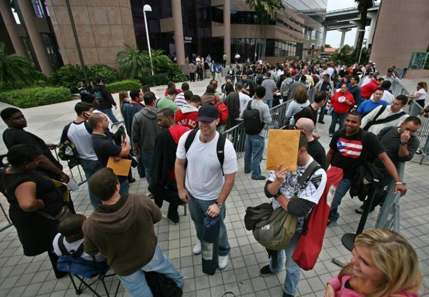 El índice de desempleo en Estados Unidos bajó al 3,7 % en septiembre, la menor cifra en 49 años, en un mes en el que se crearon 134.000 nuevos puestos de trabajo, informó hoy el Gobierno. EFE/Archivo