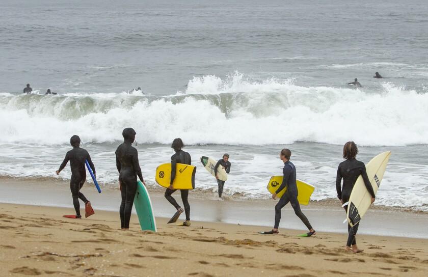 522553 tn-dpt-me-surfers-beaches-20200409-4.jpg