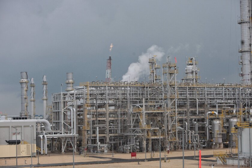 Fotografía del complejo petroquímico Braskem Idesa, en Nanchital, estado de Veracruz (México). EFE/Sáshenka Gutiérrez