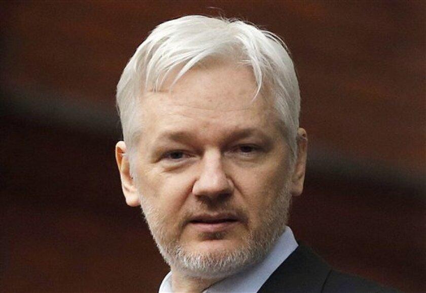 En esta imagen de archivo, tomada el 5 de febrero de 2016, el fundador de WikiLeaks, Julian Assange, prometi[o en declaraciones a Fox News nuevos documentos sobre Hillary Clinton.