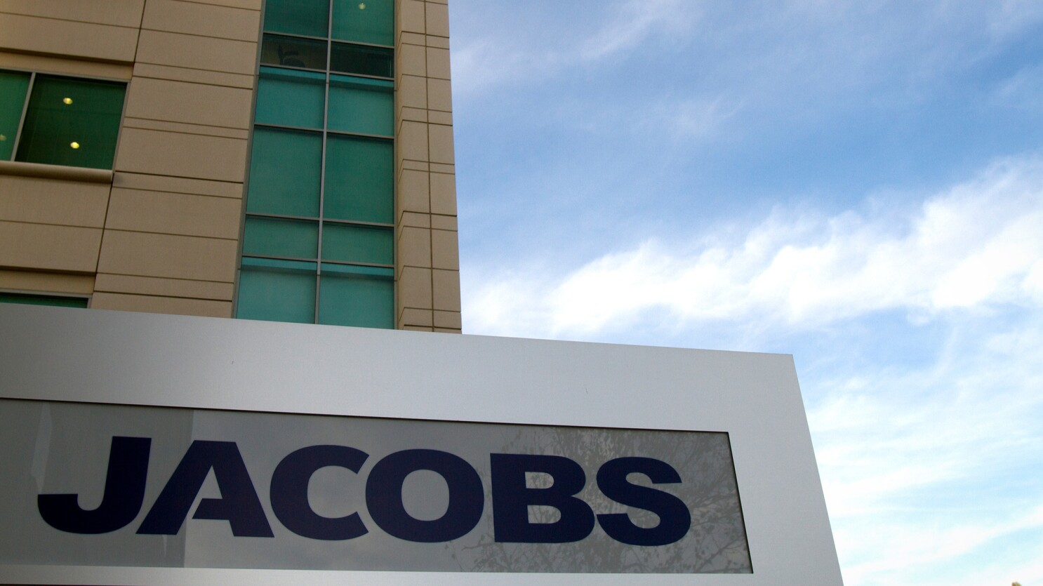 Jacobs Engineering Plans To Move Jobs From Pasadena To Texas Los Angeles Times