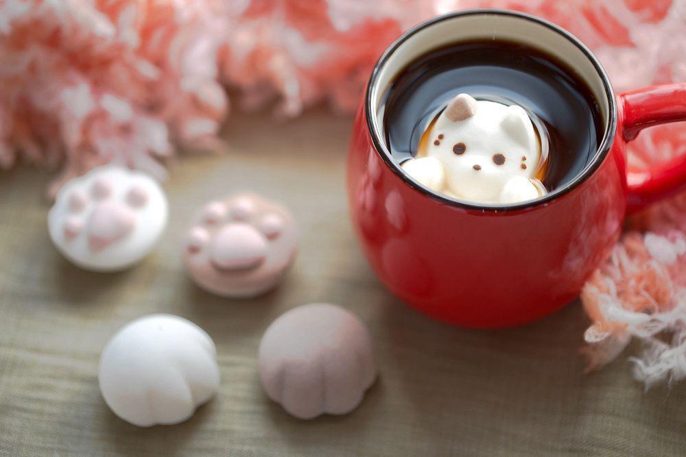 A company called Yawahada in Japan is making cat-shaped marshmallows.