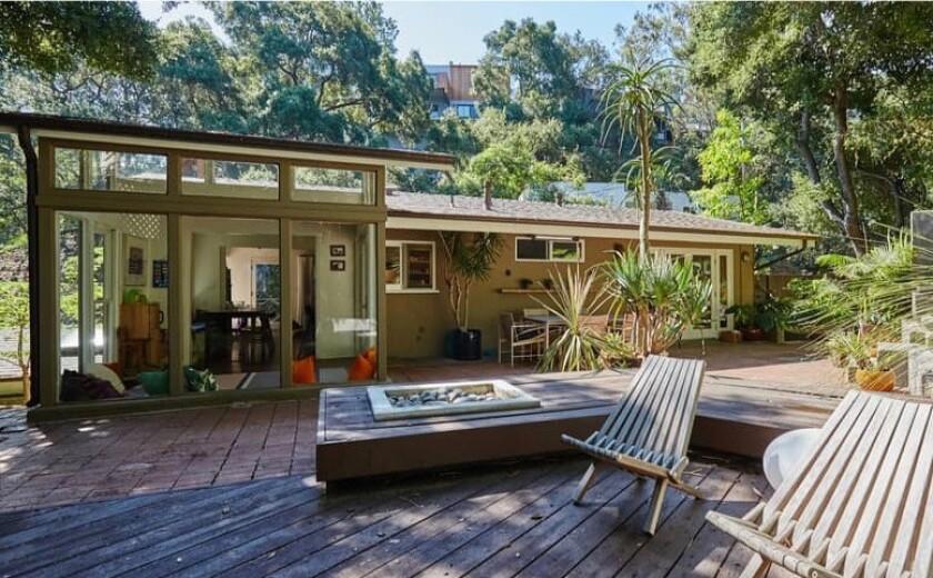 Walton Goggins's former home | Hot Property