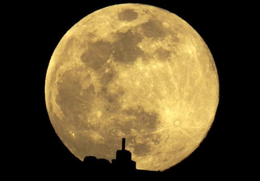Retorno de humanos a la Luna en 2024 podría costar 30.000 millones de dólares