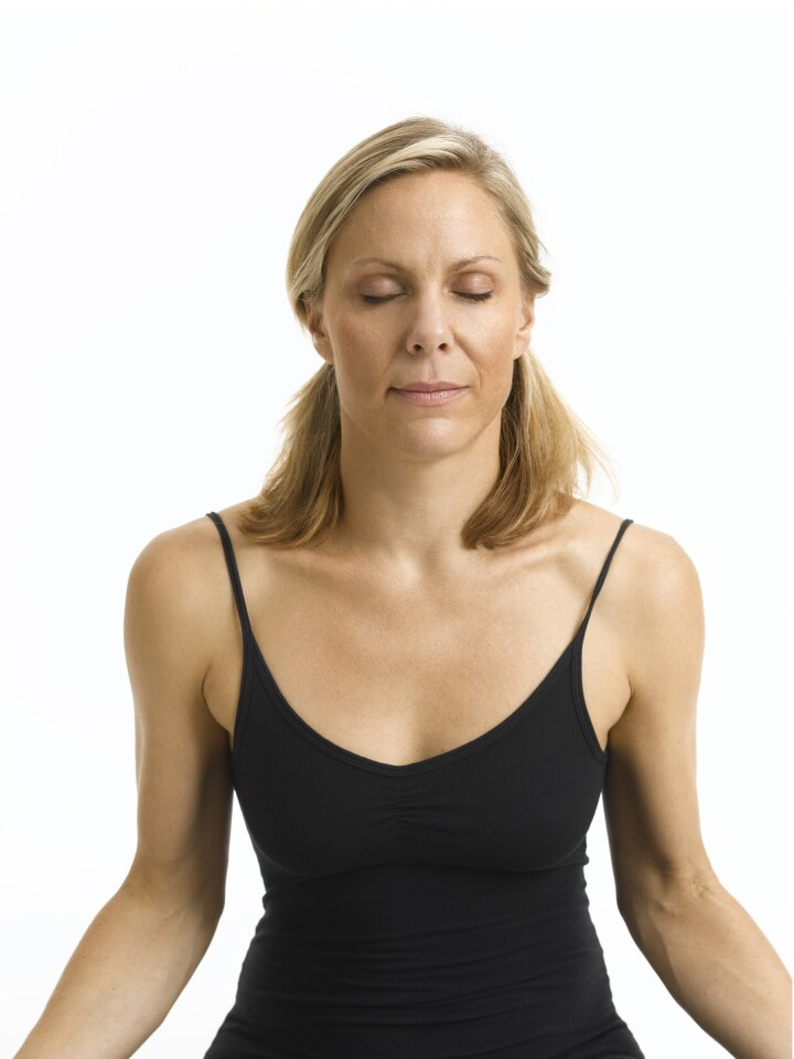 """Annelise Hagen, a New York yoga instructor and author of """"The Yoga Face,"""" demonstrates four of her favorite facial yoga exercises while Dr. Ava Shamban, assistant clinical professor of dermatology at UCLA, and Beverly Hills plastic surgeon Dr. Andre Aboolian weigh in. Buddha Face Close the eyes and concentrate on a point between the brows. Hagen says to imagine a small, iridescent disk and watch it expand, mentally smoothing out the muscles and relaxing the face. Start with one minute, and then work up to three. Doctors' verdict: Worth trying. """"This stuff can be beneficial because it teaches how to relax muscles - which is what Botox does,"""" says Aboolian."""