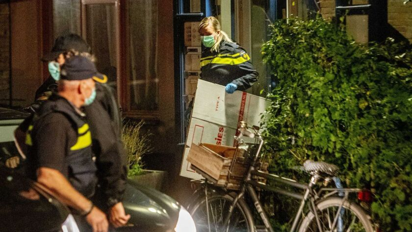 Police search residence of alleged jihadist, Vlaardingen, Netherlands - 27 Sep 2018