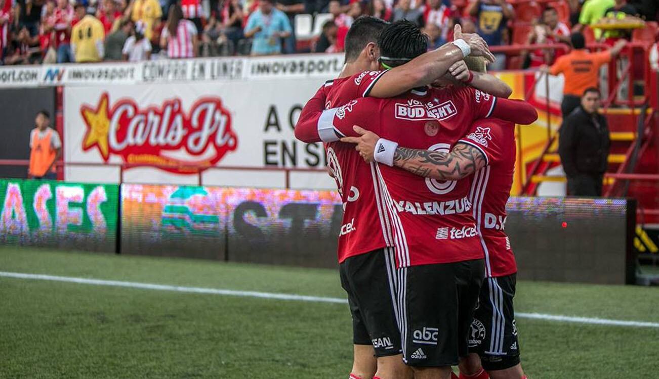 Apertura 2016: Xolos 4-0 Chivas