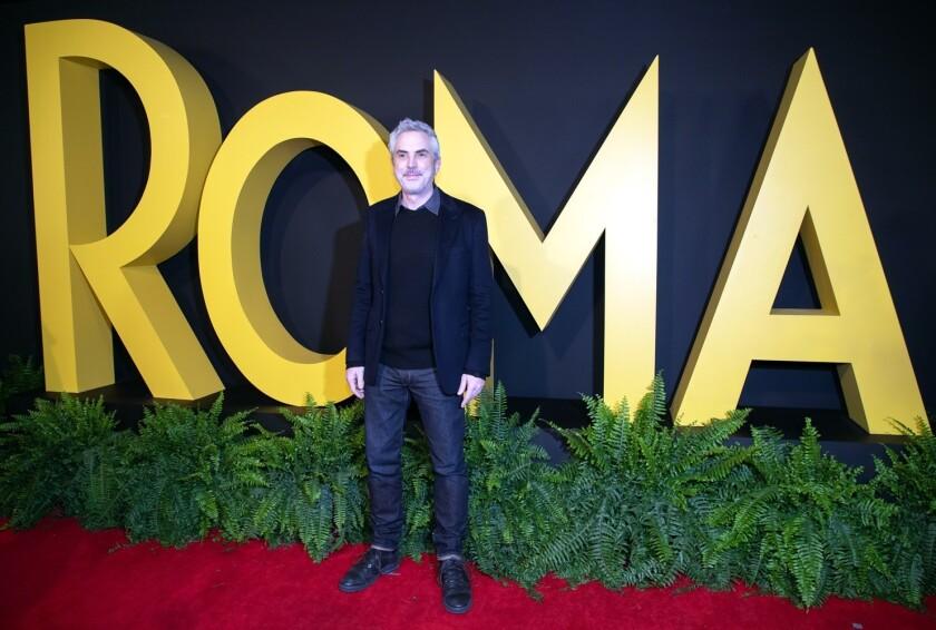 Alfonso Cuarón destacó que retomar su infancia para llevarla al dominio público no lo intimidó en el proceso creativo para lograr una pieza cinematográfica única.