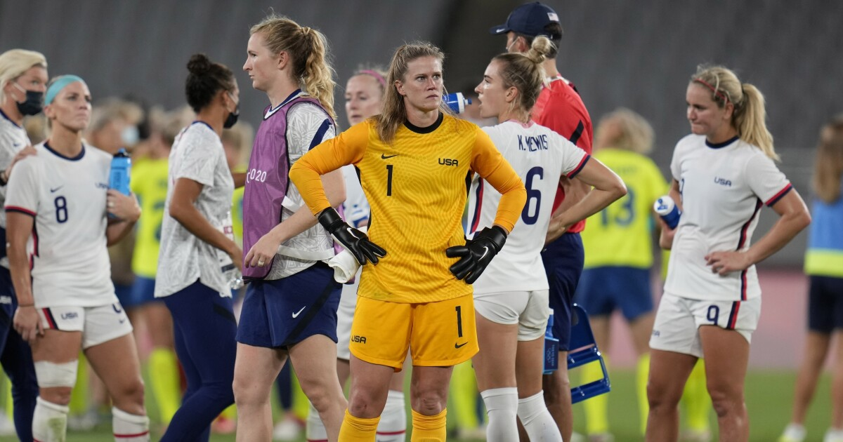 USWNT already in tough spot after losing to Sweden in Olympics - Los Angeles Times thumbnail