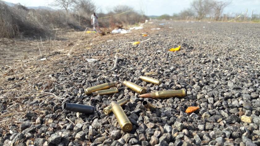 México: Cárteles atacan con drones cargados de explosivos