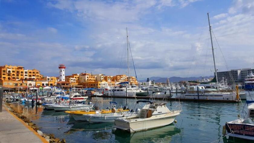 Vista general de La Marina de Cabo San Lucas, en Los Cabos, en el estado de Baja California (México). EFE/Rosa López/Archivo