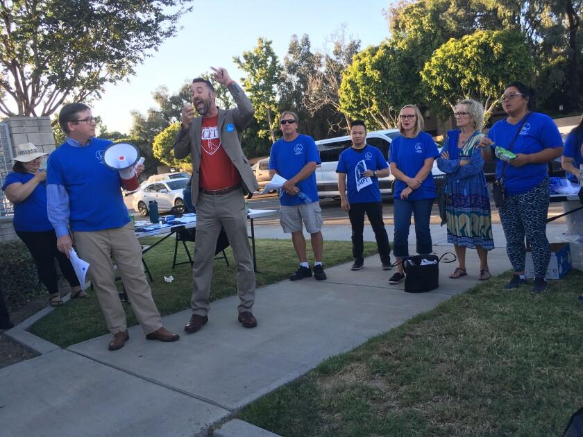 Teacher contract rally