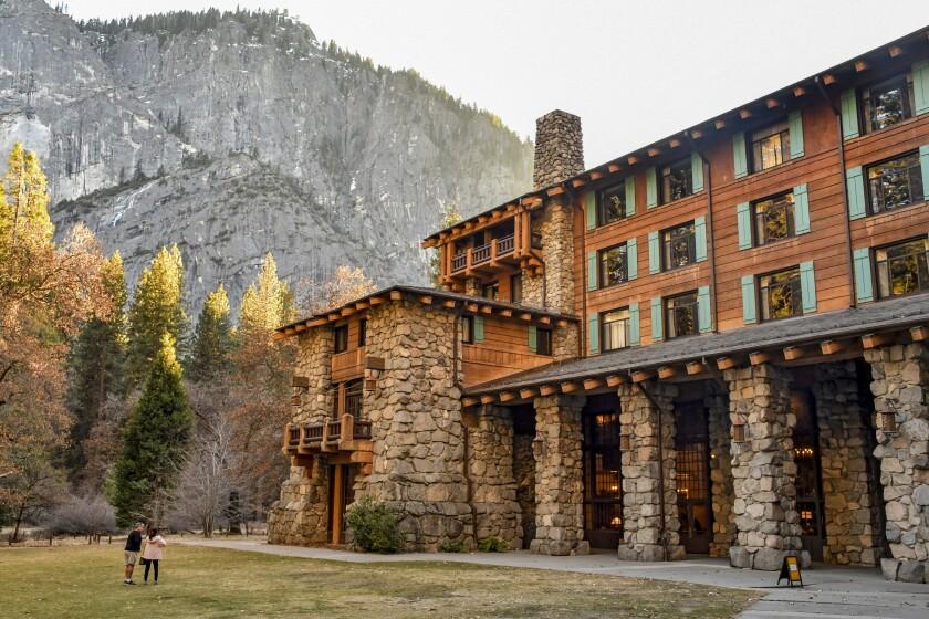 la-tr-travel-yosemite-death-valley-hotels-08.JPG