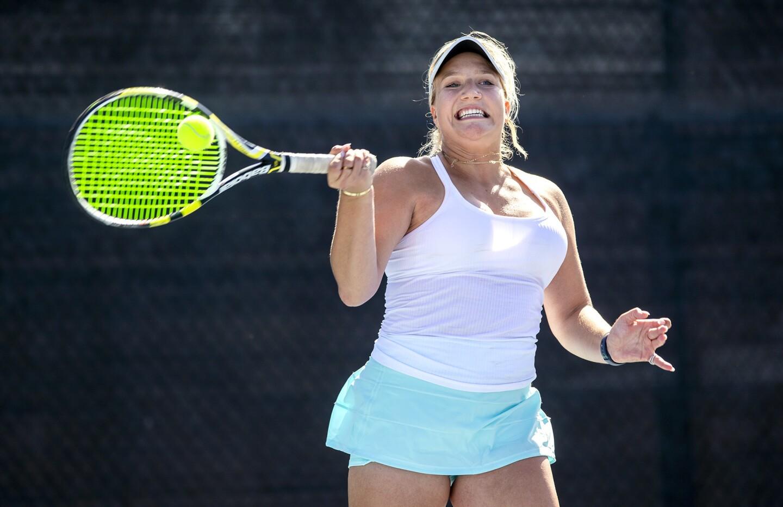 Photo Gallery: Corona del Mar vs. Mater Dei in girls' tennis