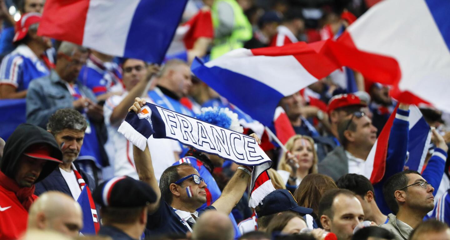 Supporters of France cheer prior to the FIFA World Cup 2018 semi final soccer match between France and Belgium in St.Petersburg, Russia, 10 July 2018.